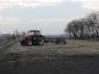 Jarní práce – válení pšenice….(5. března 2014)